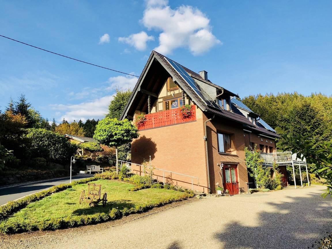 Friesenhagen: Appartement, Ferienwohnungen Morsbach