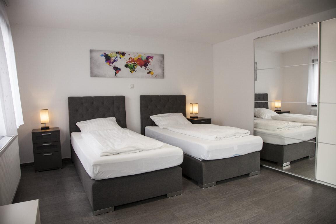 Linden: Hotel Garni Gästehaus Häuser