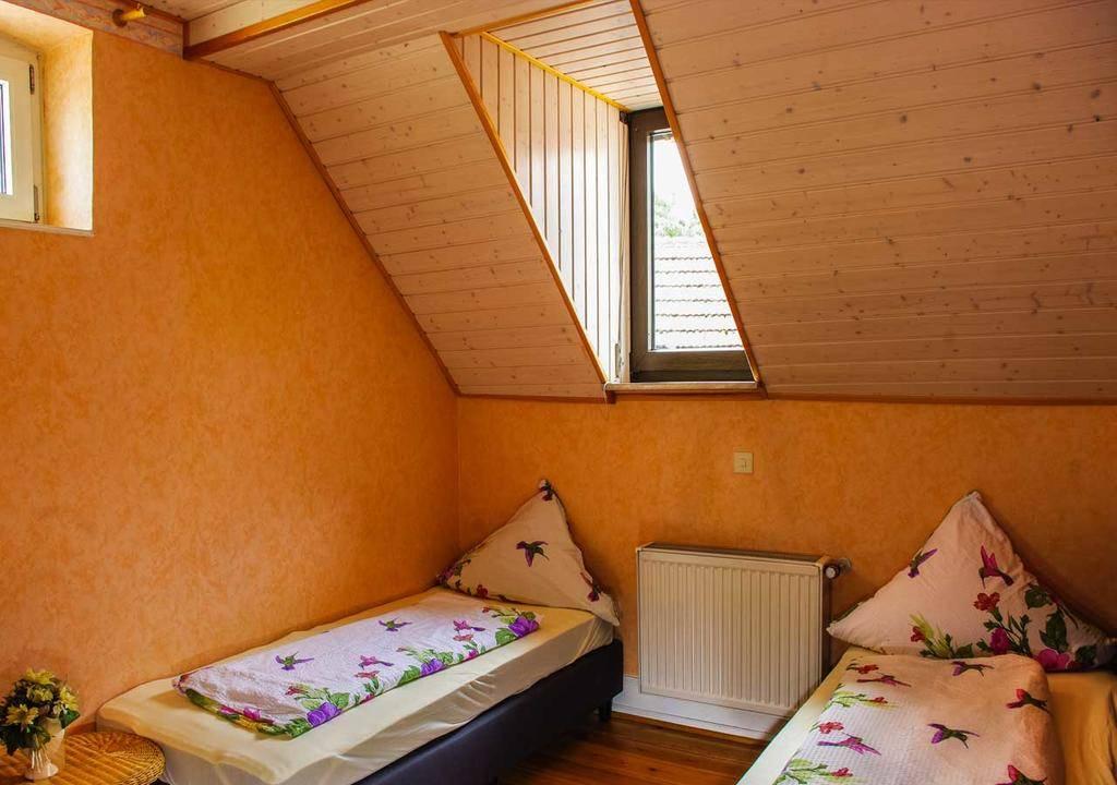 Ferienwohnung Haus Sophia, Ferienwohnung in Edenkoben bei Hockenheim