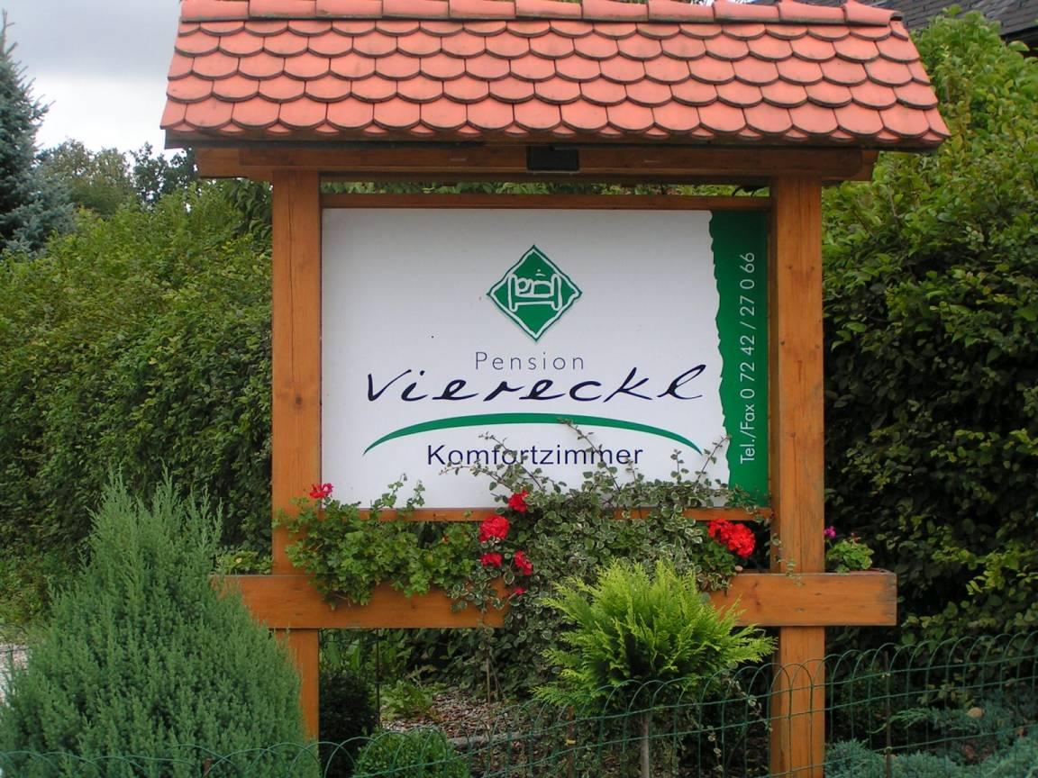 Steinhaus: Pension  Viereckl