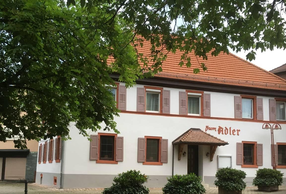 Gasthaus zum Adler, Pension in Baden-Baden bei Flughafen Karlsruhe / Baden-Baden