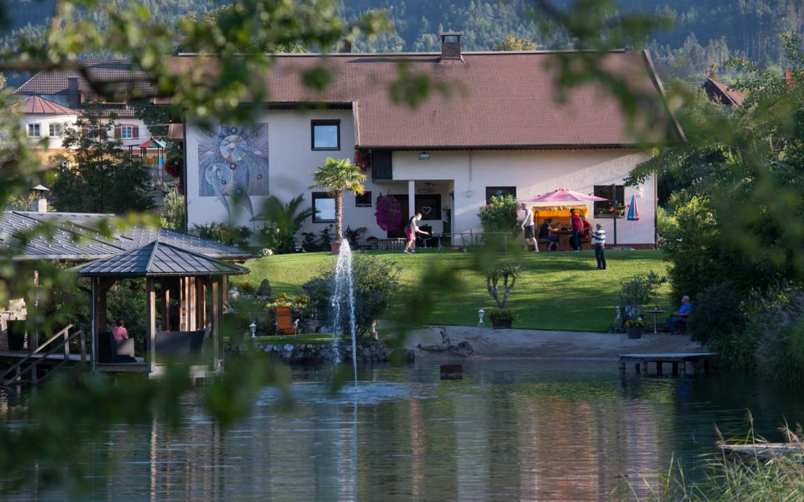 Ferienwohnung Gästehaus Köllich, Pension in Ferlach bei Krumpendorf am Wörthersee