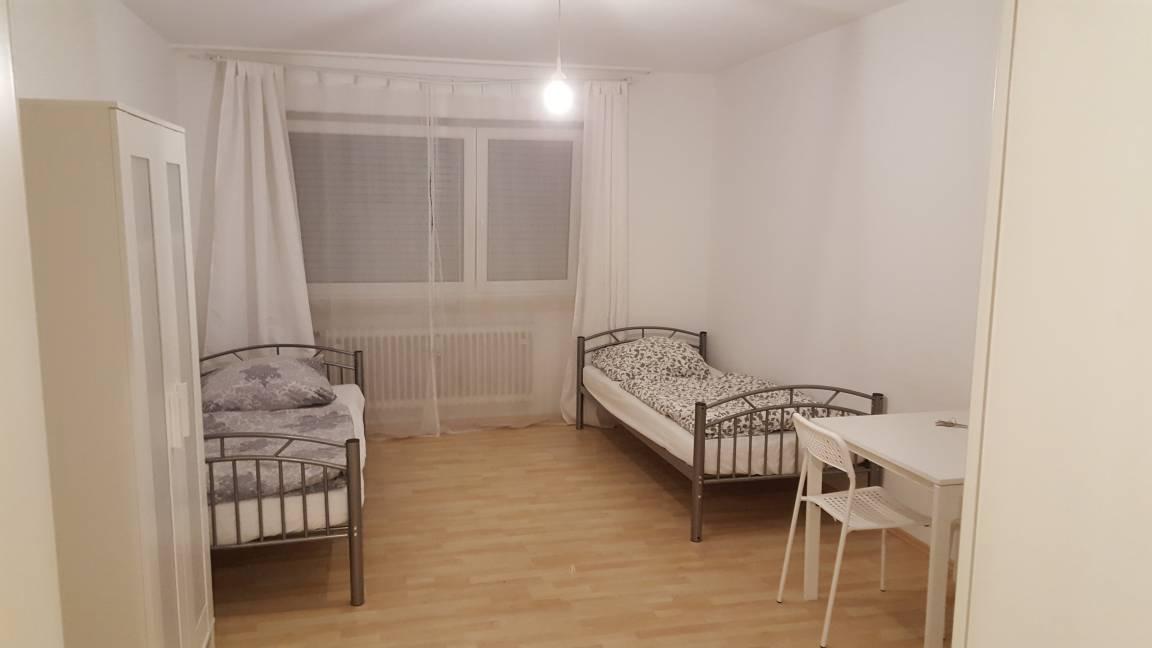 Zimmer Wohnen auf Zeit Wohngemeinschaft, Pension in Baldham bei Anzing