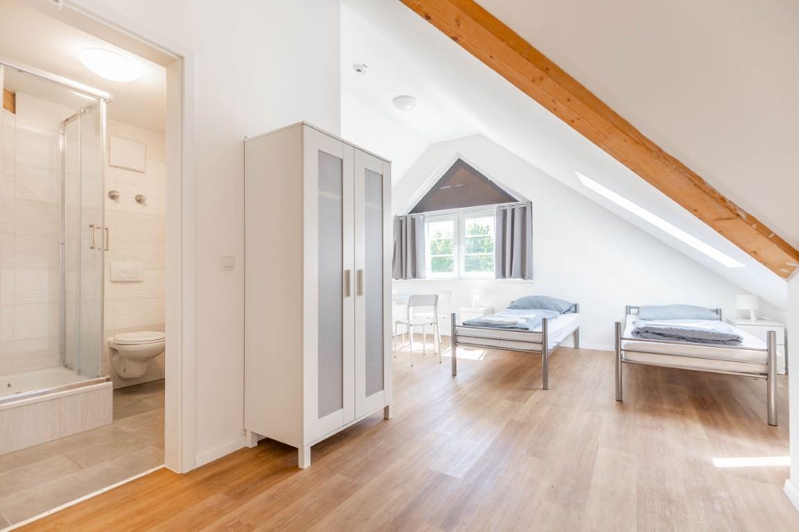 Fana Pension Hostel - Monteurzimmer für Handwerker - München Puchheim, Pension in Puchheim bei Gräfelfing