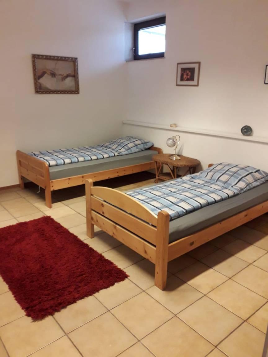 Schwalbach Saar: Karinas-Ferienwohnung