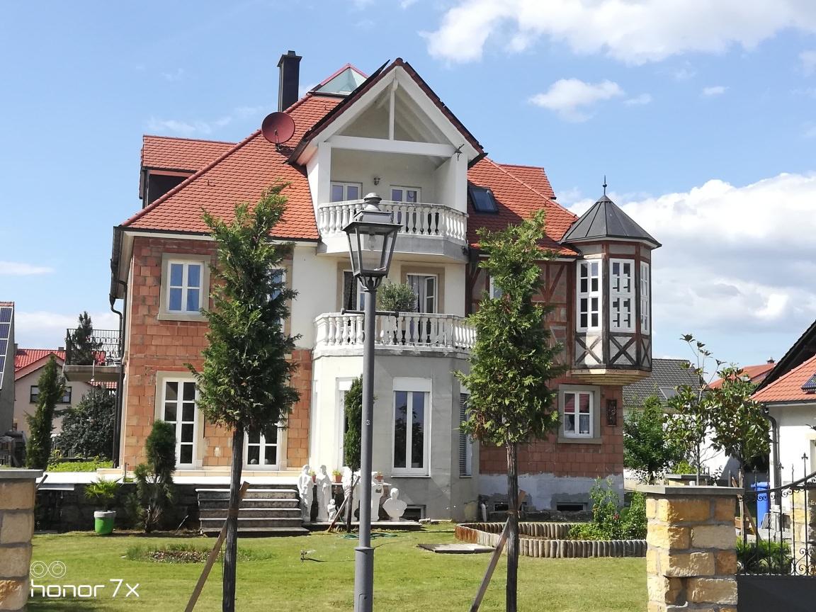 Sommerach: Privatzimmer/Ferienwohnung Villa Scheckenbach
