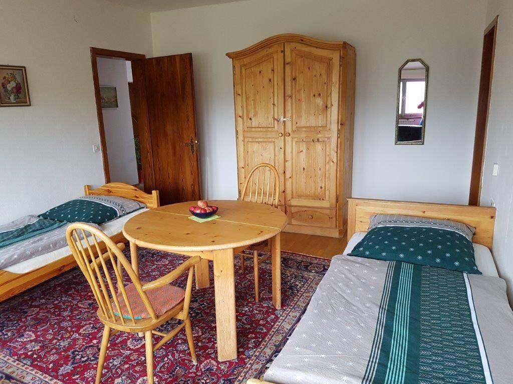 Haus Haldenhof Ferienwohnung/Gästezimmer, Ferienwohnung in Waldstetten-Wißgoldingen bei Stuttgart