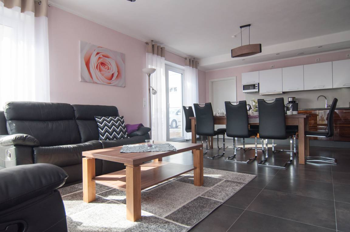 modern-one apartments Fulda, Pension in Fulda-Neuenberg