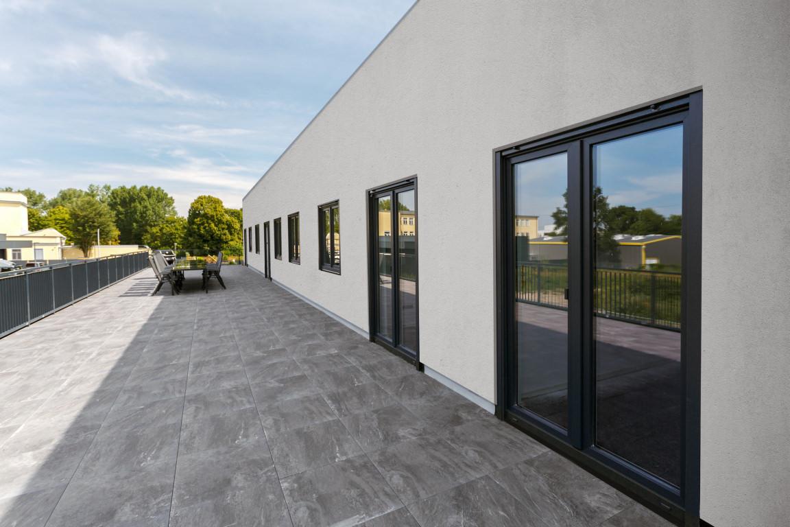 Berlin-Weissensee: Monteurzimmer Lagerplatz mit Dachterrasse