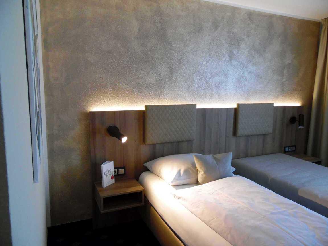 Gomaringen:  Hotel Arcis