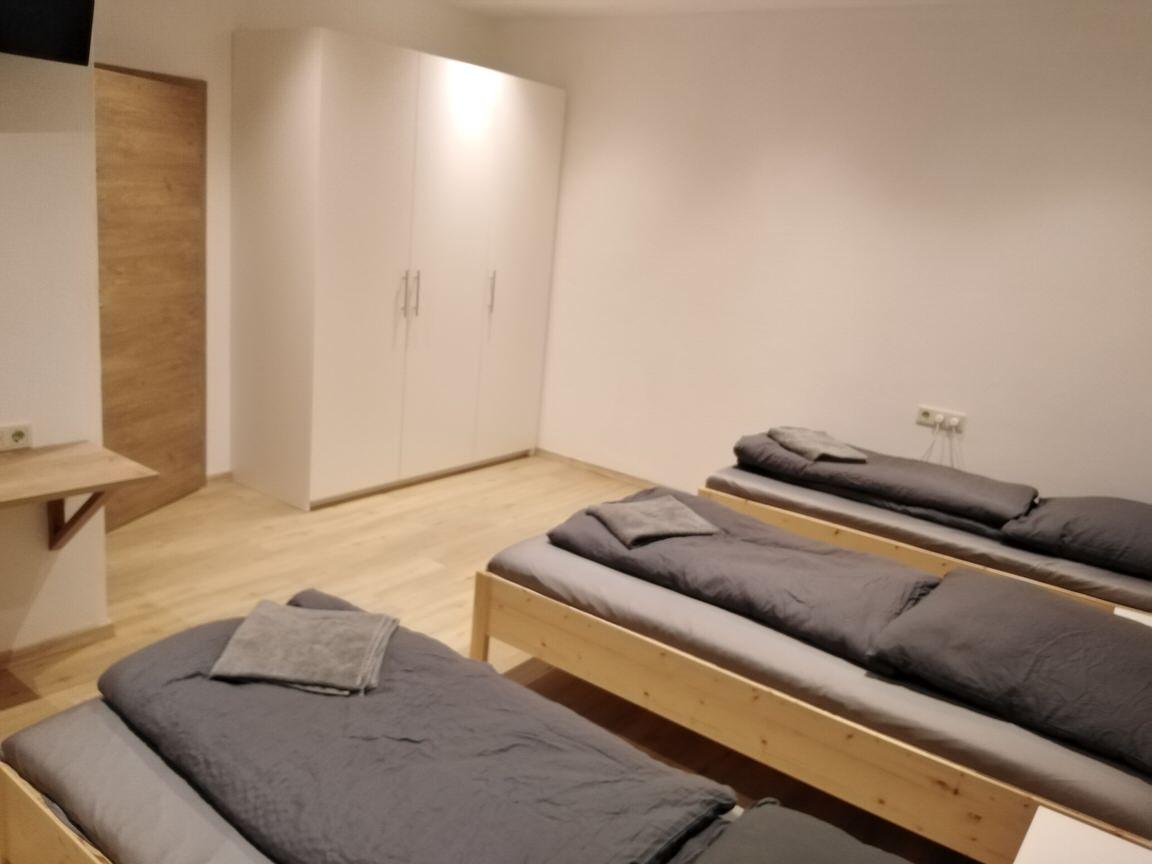 Burglengenfeld: Ferienwohnung und Monteurzimmer Bäuml