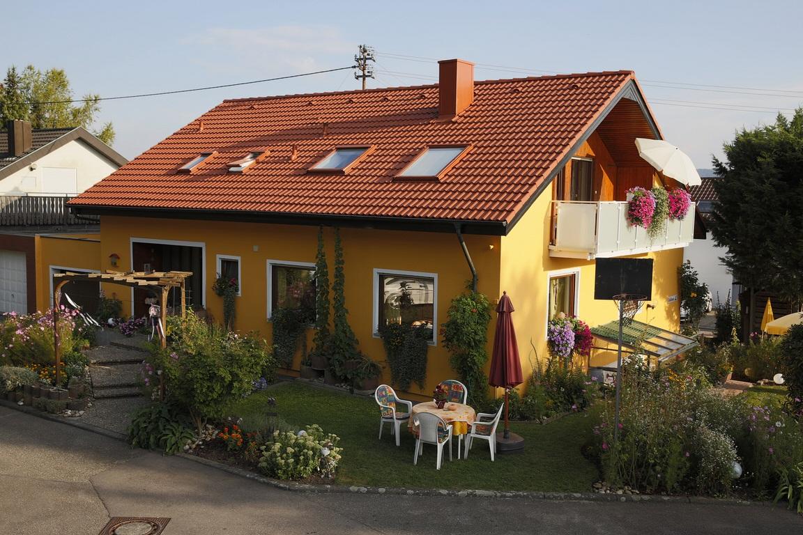 Brackenheim:  Gästehaus Landenberger