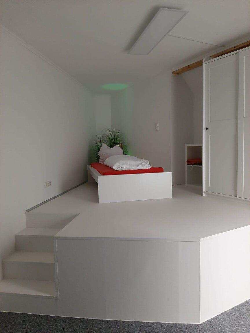 Craftmen's Home Apartment Ulmer Straße, Pension in Augsburg
