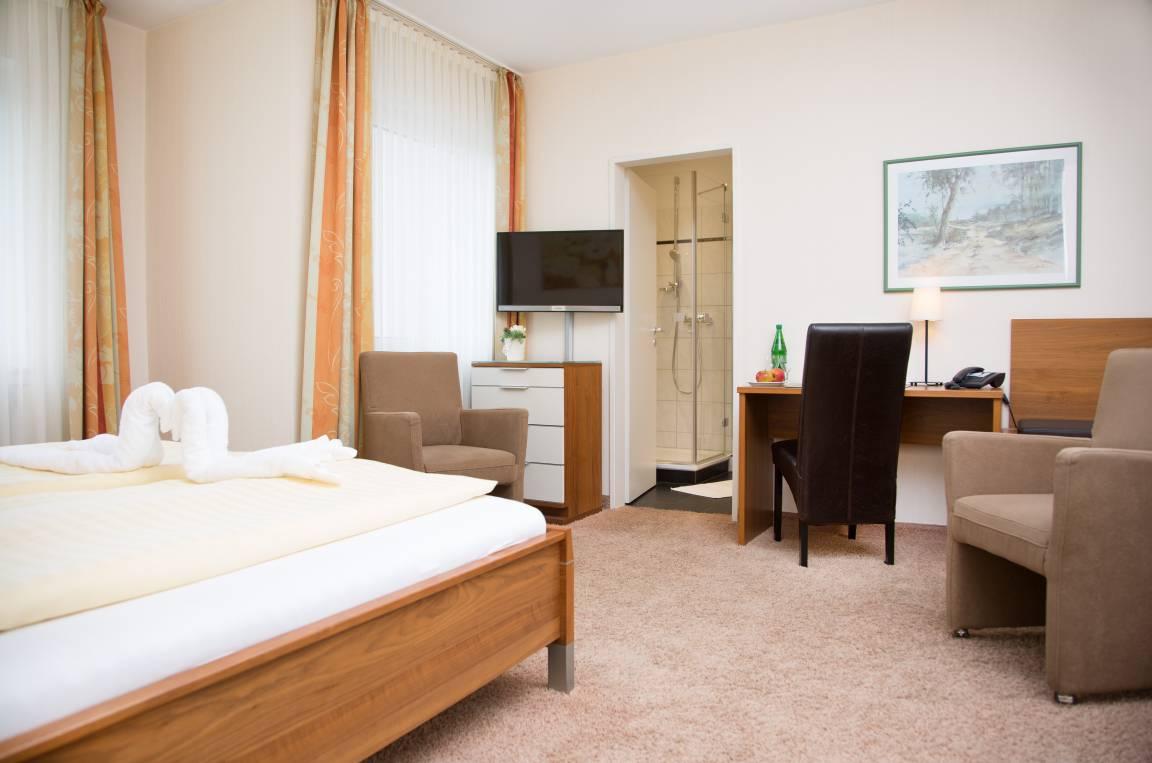 Parkhotel Ortkemper & Restaurant Achilles, Pension in Lippstadt bei Bad Westernkotten